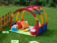 Kids Play Barn | 100% Recycled Plastic